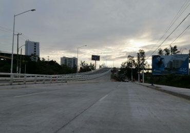 Abren a la circulación la zona de Periférico y avenida Central
