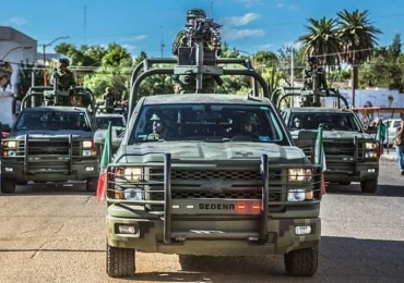 Vínculos de Salvador Cienfuegos con narcos revive violaciones de militares a DDHH