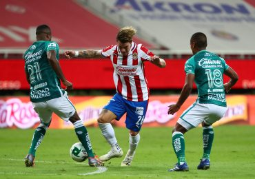 Empatan Guadalajara y León en su primer partido