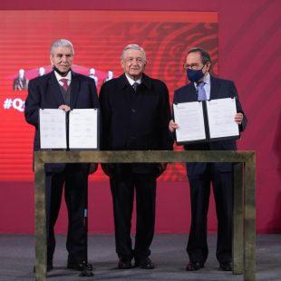 Acuerda López Obrador con sector obrero y empresarial enriquecer iniciativa de outsourcing