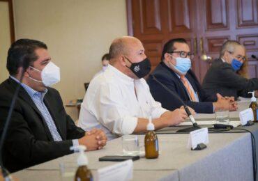 Gobierno de Jalisco y FESIJAL acuerdan incremento salarial para los trabajadores