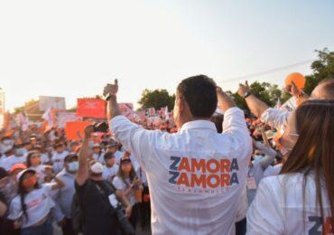 Más de 10,000 personas acompañan en su cierre a Salvador Zamora