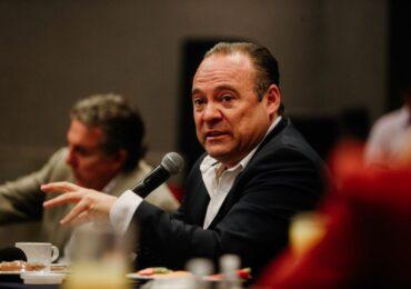 Empresarios de Parques Industriales, ven en Alberto Uribe la mejor opción de gobierno