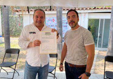 Alberto Uribe firma compromiso para protección y cuidado animal