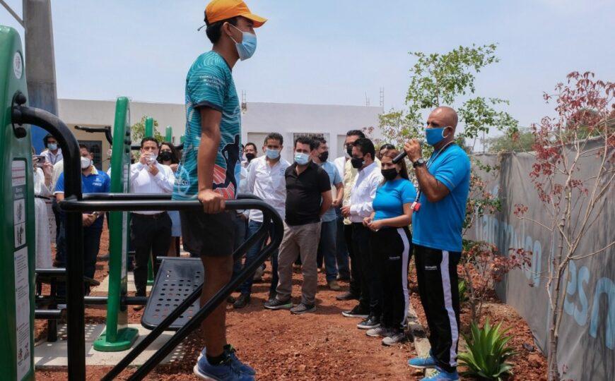 Inauguran nuevo gimnasio al aire libre en Chivabarrio
