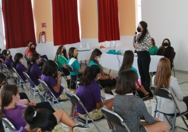 Fomentan la prevención de adicciones en residentes de Hogar Cabañas