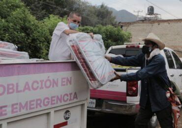 DIF Jalisco entrega apoyos asistenciales a población afectada por lluvias en Chapala y Jocotepec