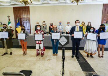 Entregan el Premio Estatal a la Juventud Jalisco 2021